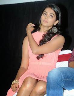Actress Pooja Hegde Pictures in Short Dress at Oka Laila Kosam Prerelease Press Meet  88