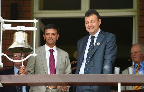 Rahul-Dravid-Ringing-the-Bell-at-Lords