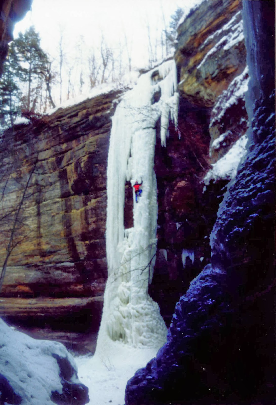 Starved Rock Ice Climbing