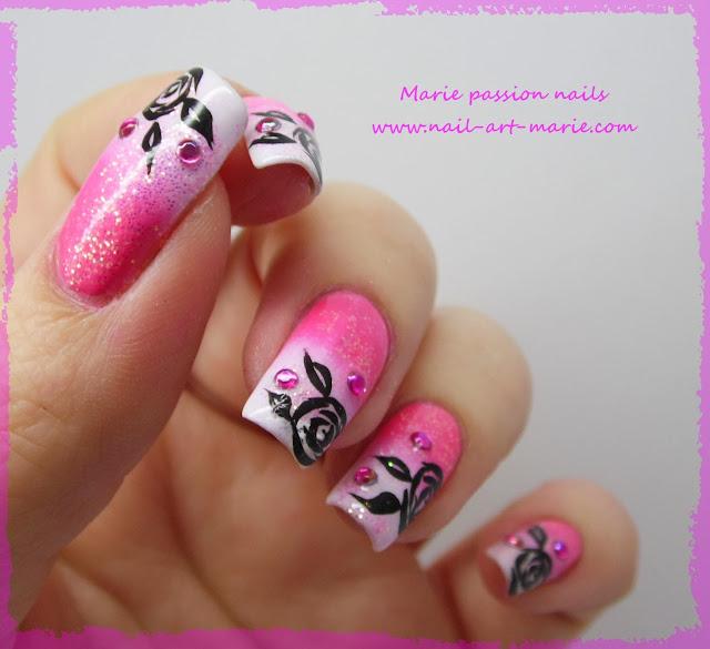 Nail art dégradé coloré et roses noires1