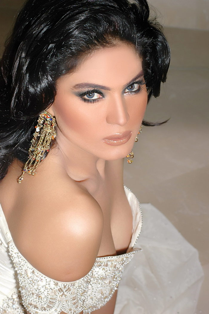 Veena Malik Actress & Fashion Model Latest Hot Photos Collection