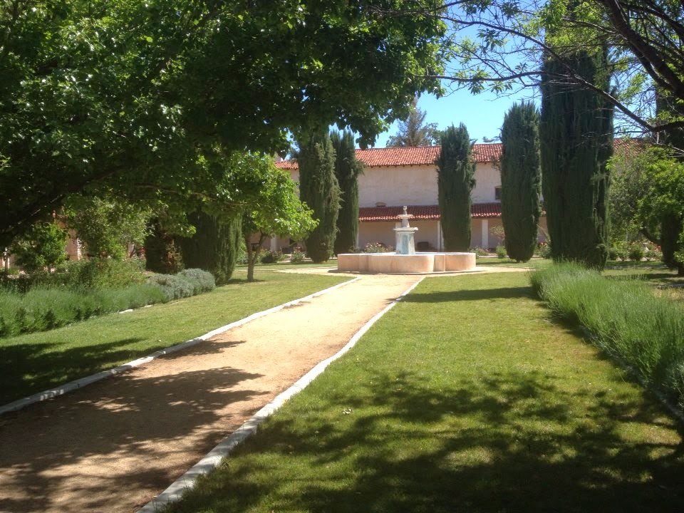 Garden California Mission