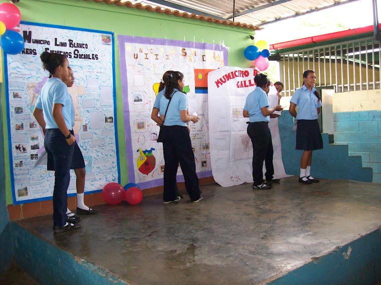 Exposición de Periódicos Murales por Municipios