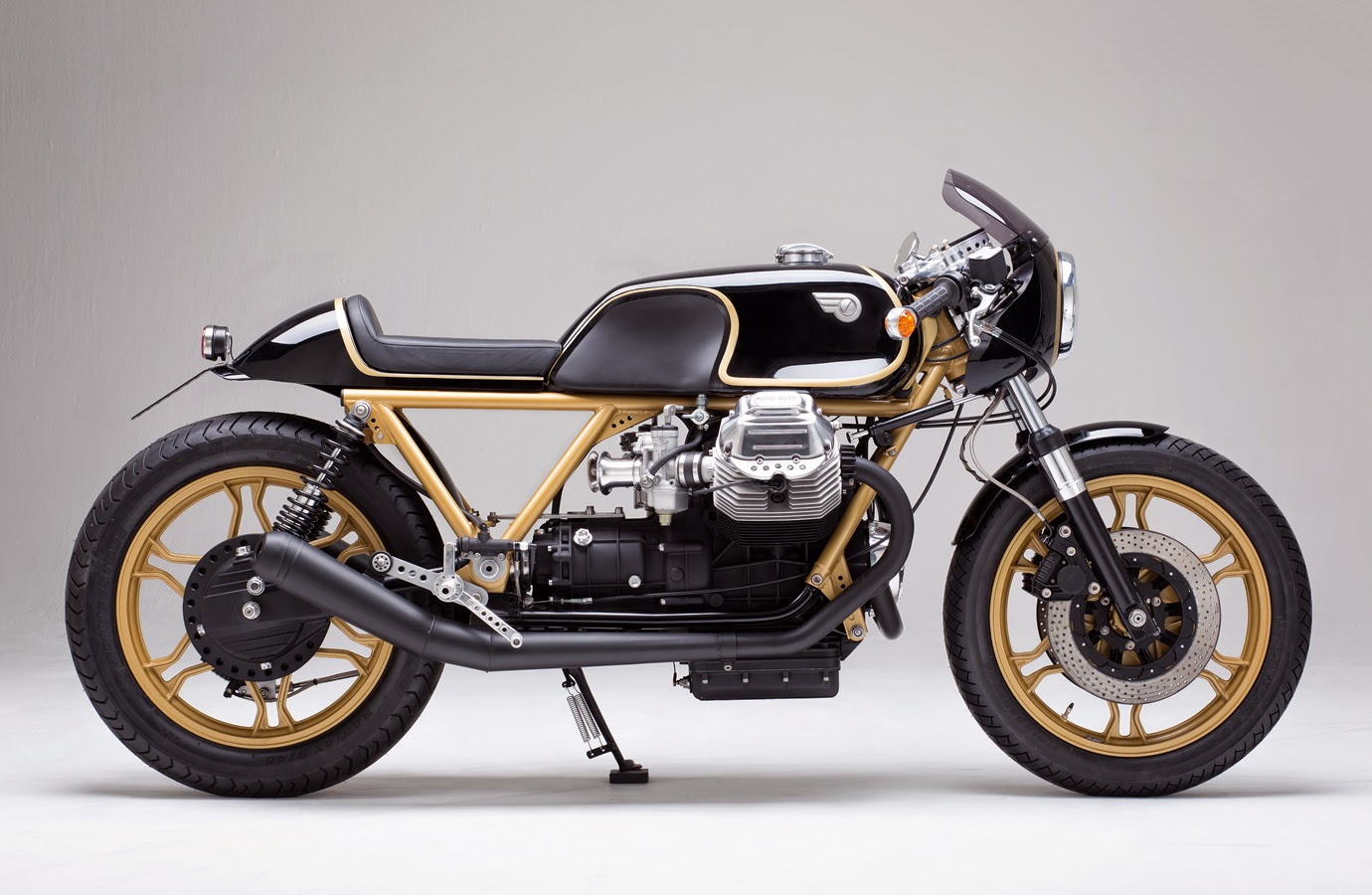 racing caf moto guzzi le mans iii 850 maschine 11 by kaffeemaschine. Black Bedroom Furniture Sets. Home Design Ideas