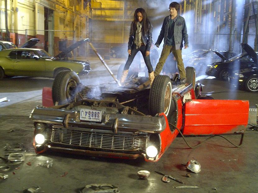 ... es una Vampiro, llega con 13 nuevos episodios esta segunda temporada