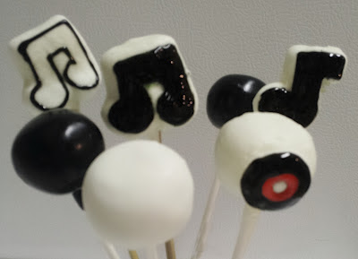How to Make Music Note Cake Pops