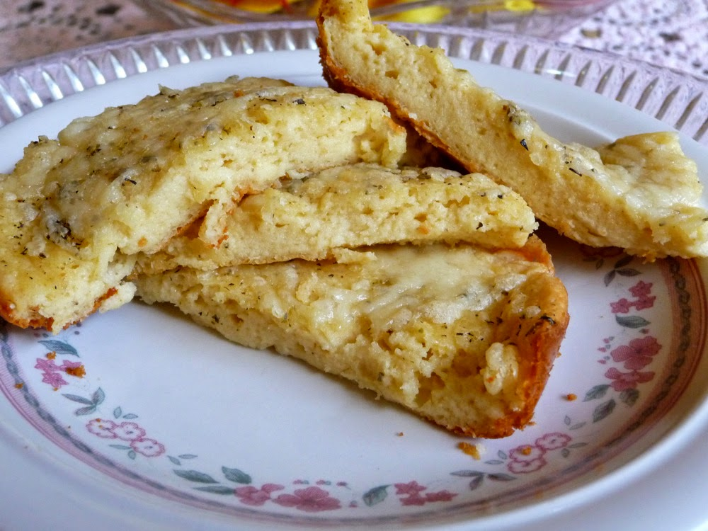 ... LOW-CARBING BY JENNIFER ELOFF: CHEESY, BUTTERY GARLIC BREAD STICKS
