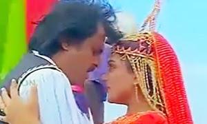 Pandiyanin Rajiyathil Song