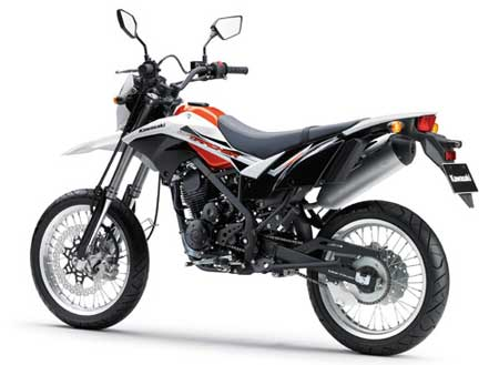 review Kawasaki D-Tracker 2015