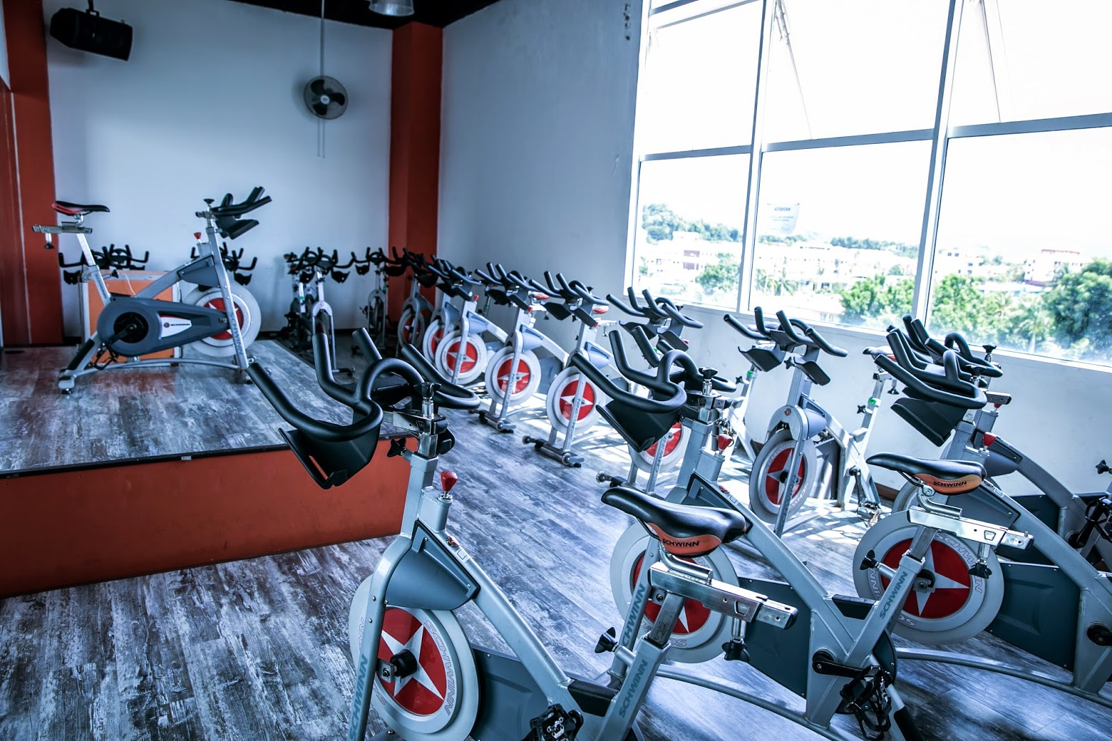 Spinning indoor cycling for fat burning everyday food for Indoor cycle design