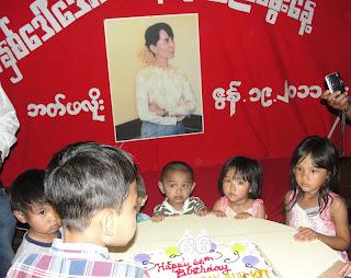 >Burmese Community in Buffallo marked Suu 66 Birthday