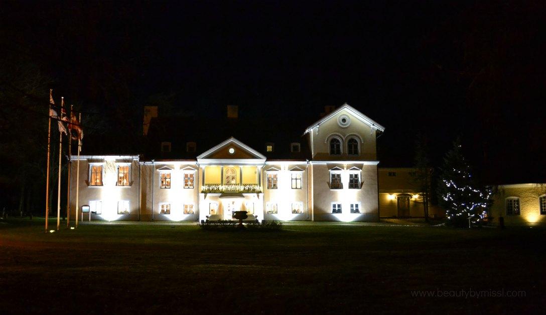 Vihula Manor main house