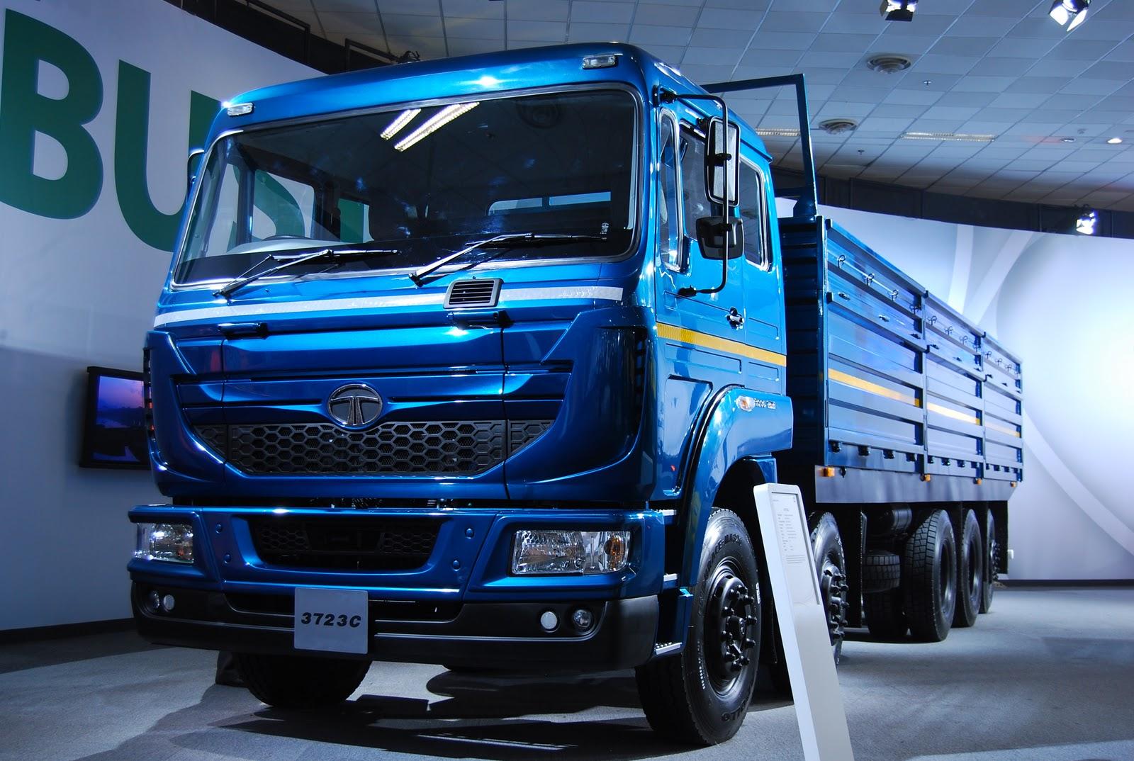SPAROOW DESIGNS: Auto Expo 2012 Delhi Launch of TATA LPT ...