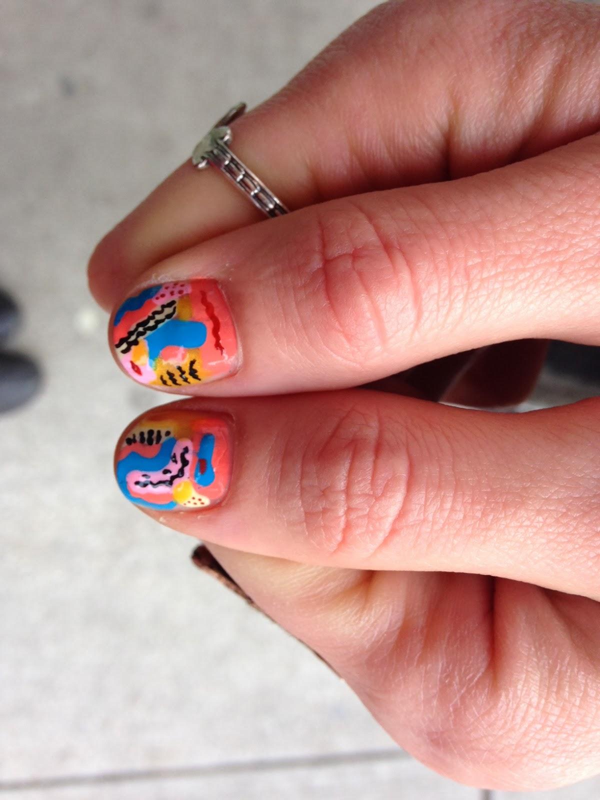 Маникюр на 1 сентября, фото на короткие и длинные ногти