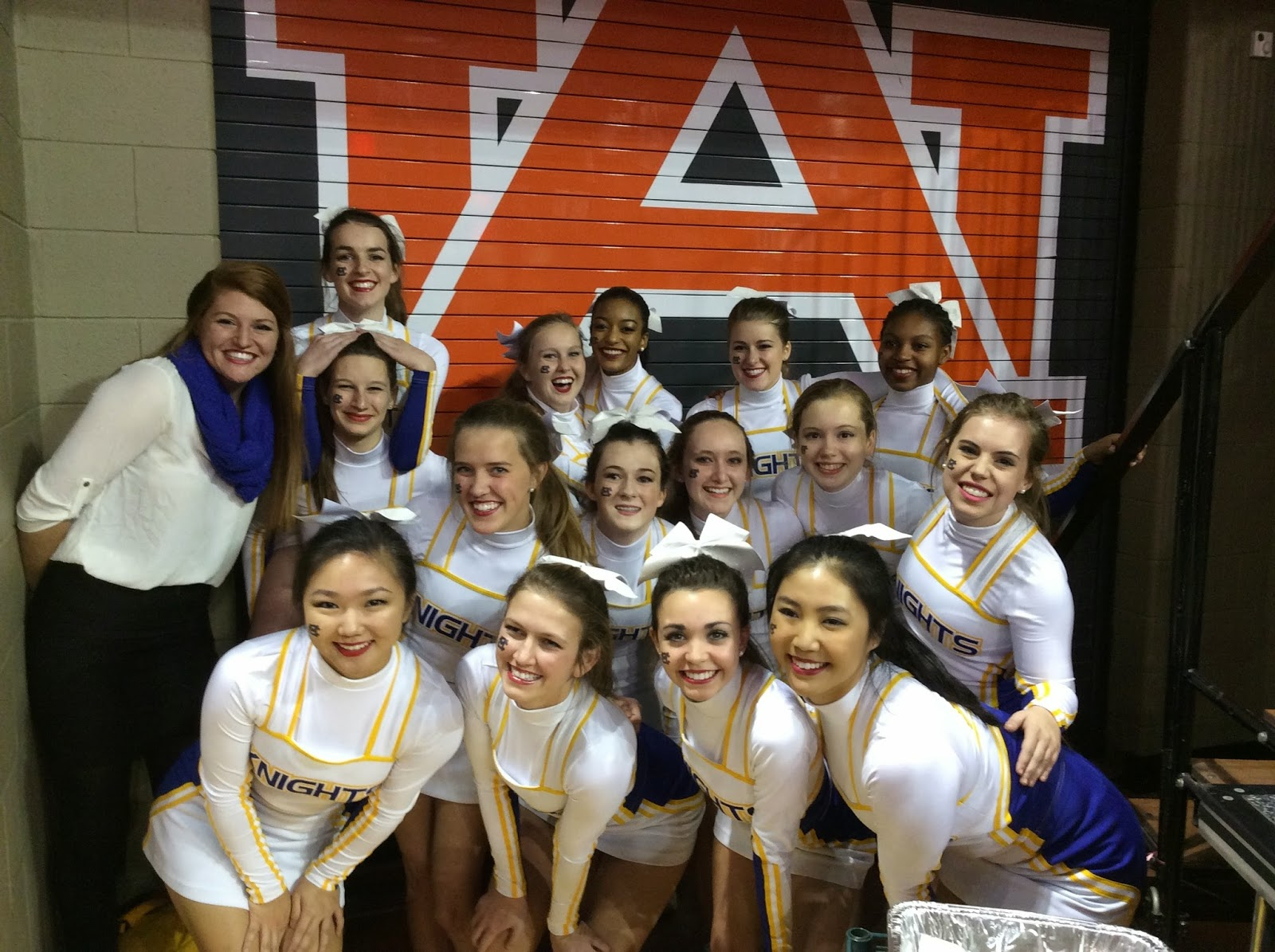 Montgomery Catholic Cheerleaders Invited to Cheer at Auburn University 1