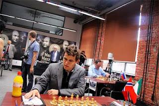 Echecs à Moscou : Magnus Carlsen (2864) au Mémorial Tal 2013
