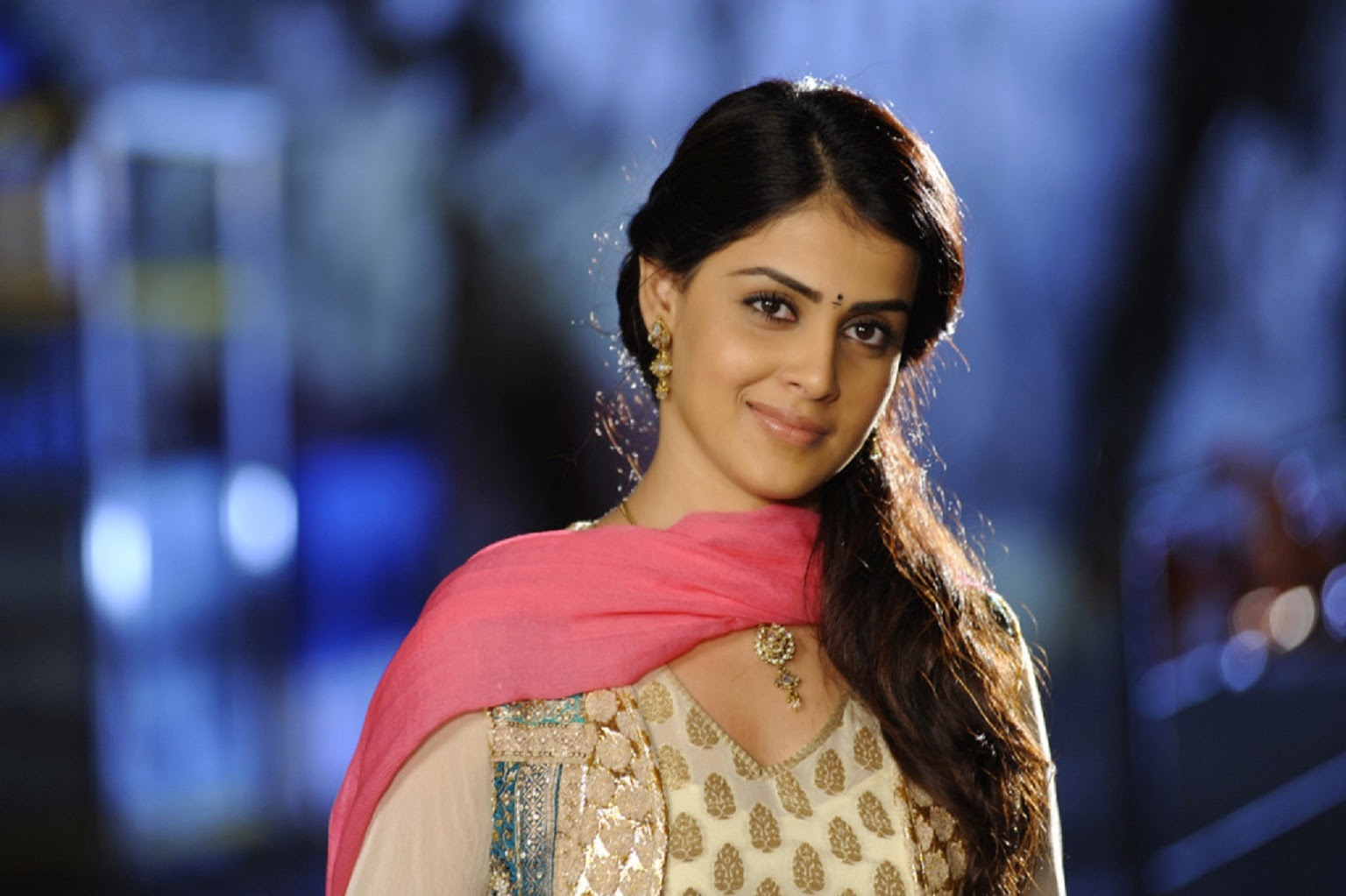 all star hd wallpapers download: genelia d'souza hd wallpapers