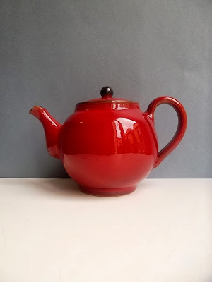 https://www.etsy.com/listing/167702297/red-teapot-vintage-red-teapot-rustic-red?ref=favs_view_1