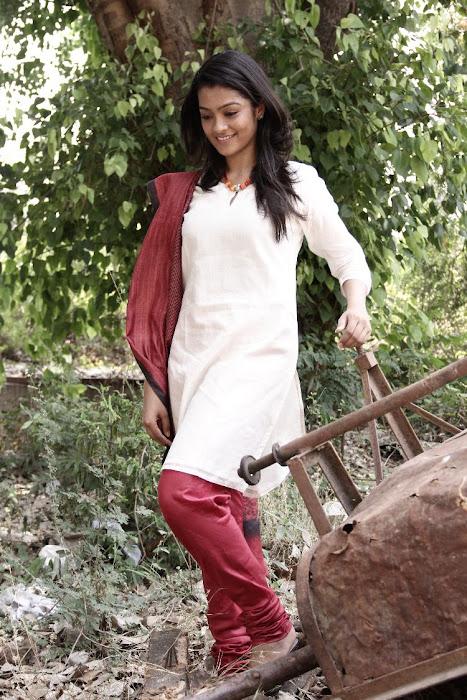 gayathri gayathri new actress pics