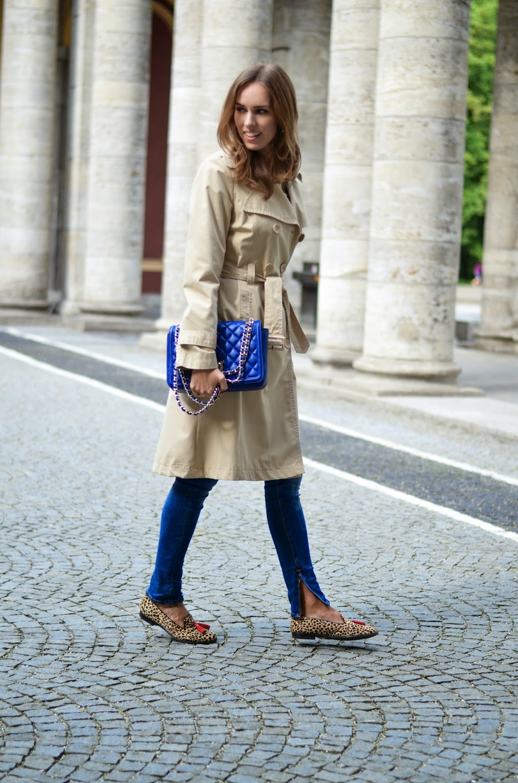 kristjaana mere trench coat summer outfit