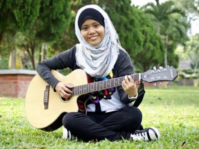 Gambar Najwa Latiff Cun