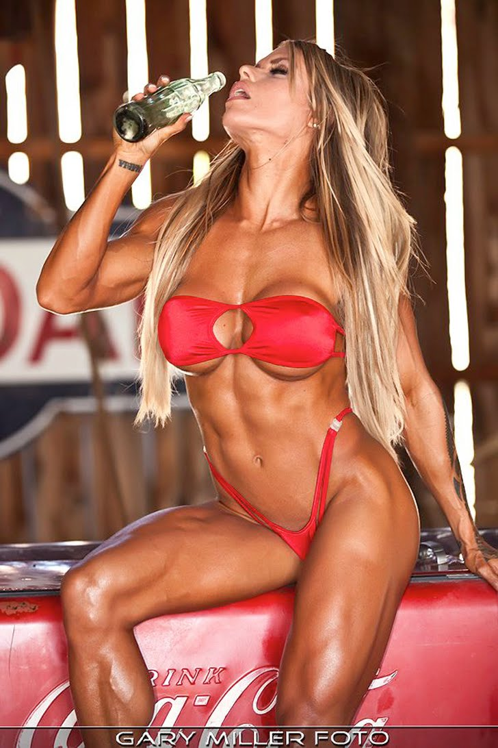 Larissa Reis Modeling Her Fit, Muscular Body In A Red Bikini