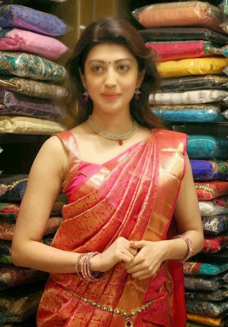 Pranitha Stills At VRK Silks Launch In kukatpally