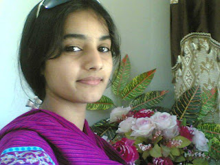 sweet-pakistani-school-girl-at-facebook