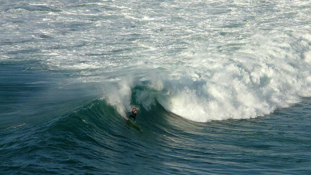 surf olas grandes menakoz 06