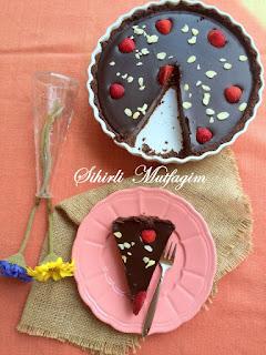 Oreolu Çikolatalı Tart ( Pişmeyen)