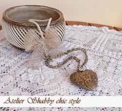 Collana shabby