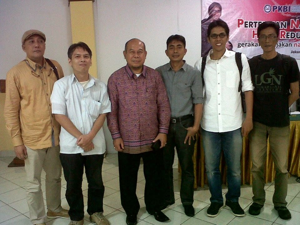 Kiri ke kanan: Jupe, Cipta, Prof. Musri, Irwan, Dhira, Adhit