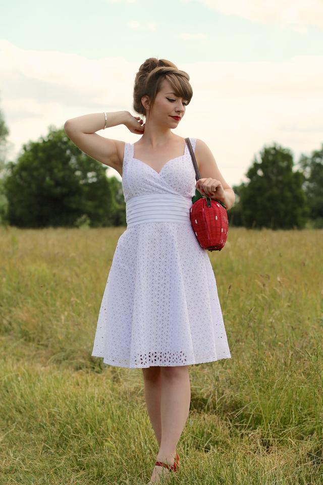 Voodoo Vixen white Billie Blush dress and Collectif strawberry bag