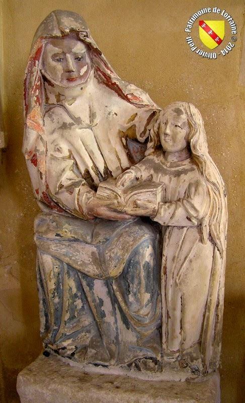 BULLIGNY (54) - Statue de Sainte-Anne instruisant la Vierge (XVIe siècle)