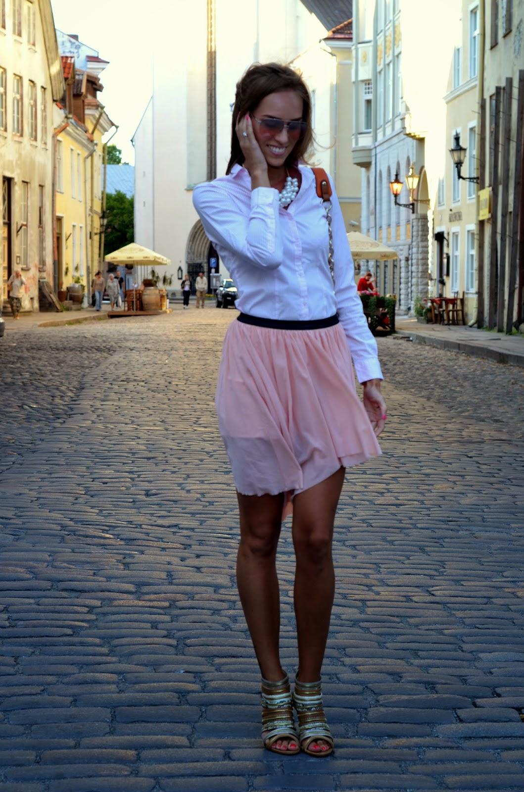 bershka pink skirt striped shirt zipper heels