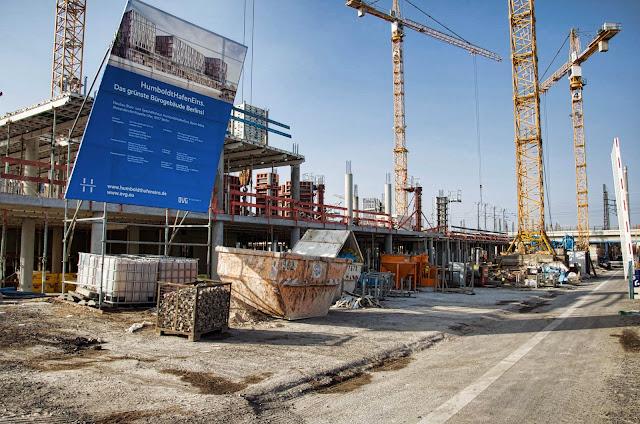 Baustelle HumboldtHafenEins, Das grünste Bürogebäude Berlins!, Alexanderufer / Kapelle-Ufer, 10117 Berlin, 11.03.2014