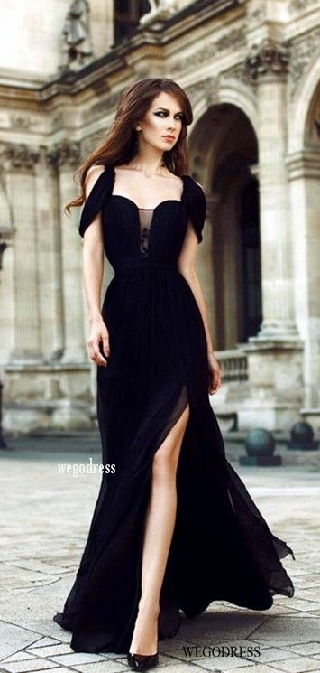 5 Examples Of Gorgeous Looks In Black click pictureto see