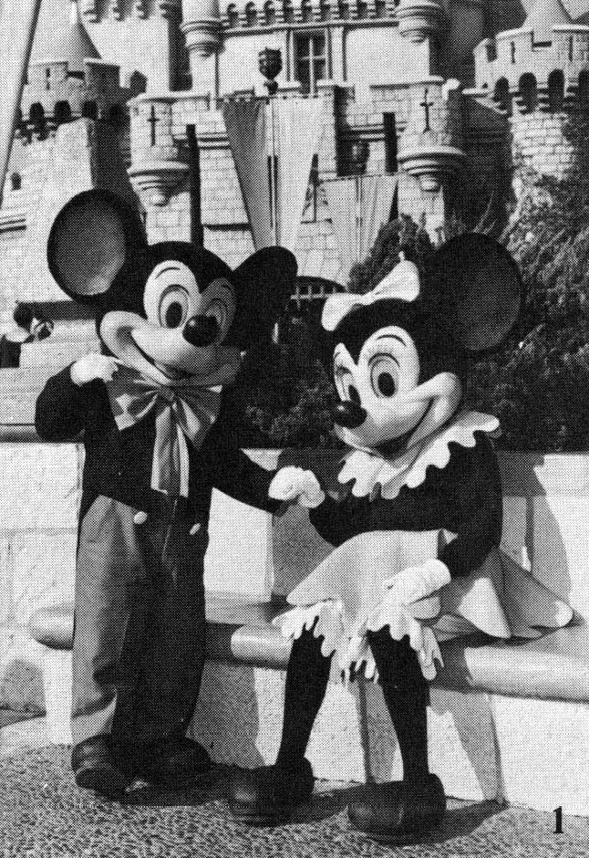 Steamboat Minnie Flickr User Tom Simpson & Pupepepets Blog: Mickey and Minnie Through the Years 1955-Present