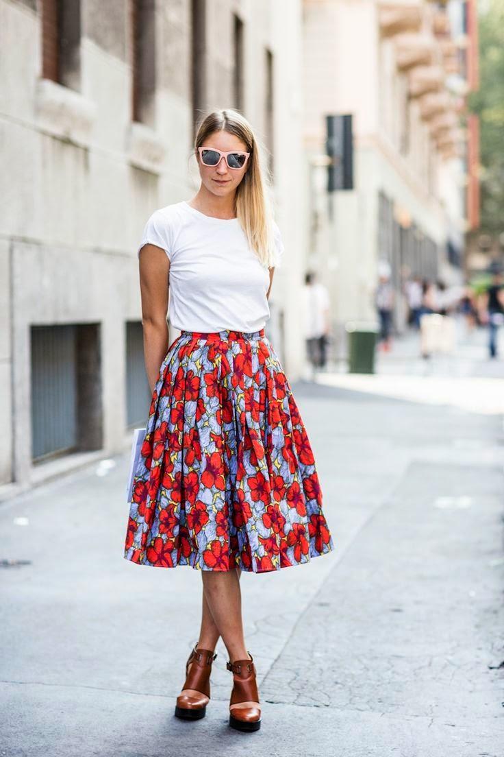 saia floral com camiseta, floral skirt, saias da moda