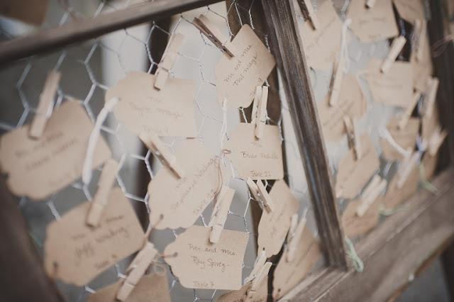 diy chicken wire window escort card display oh. Black Bedroom Furniture Sets. Home Design Ideas