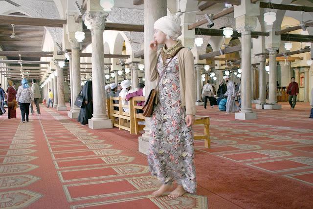 look_para_entrar_en_mezquitas_de_el_cairo