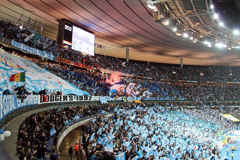Love football hate fascism olympique de marseille for Decoration chambre olympique de marseille