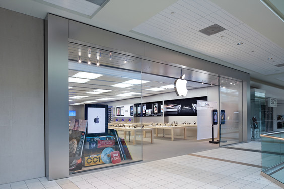 apple stores apple store upper canada mall. Black Bedroom Furniture Sets. Home Design Ideas
