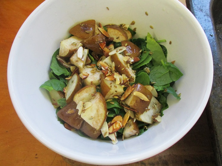 Honey Roasted pear salad: Toss the ingredients together (feta optional)