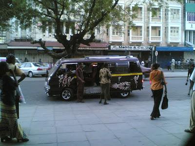 (Kenya) - Mombasa - Matatu