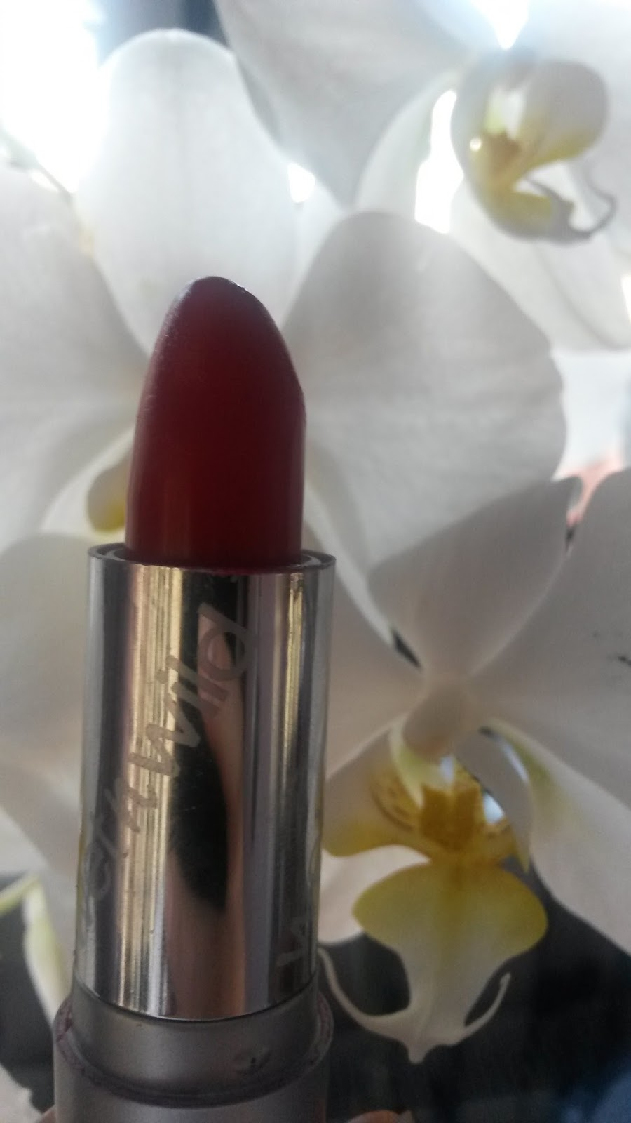 wet n wild ruj hot red
