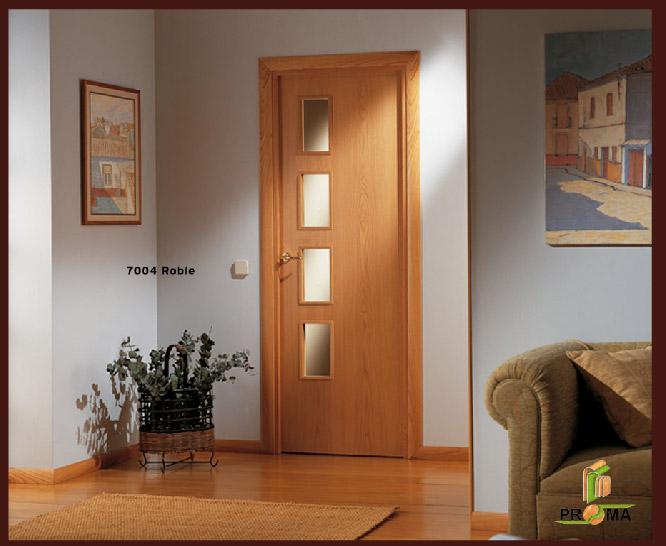 Puerta 7000 7004 en roble de la serie vega puertas for Puertas de roble