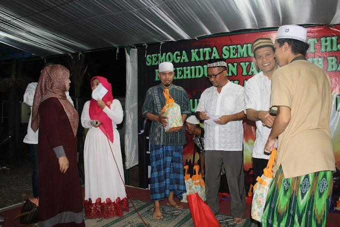 Warga Mampang Santuni Puluhan Yatim dan Dhuafa
