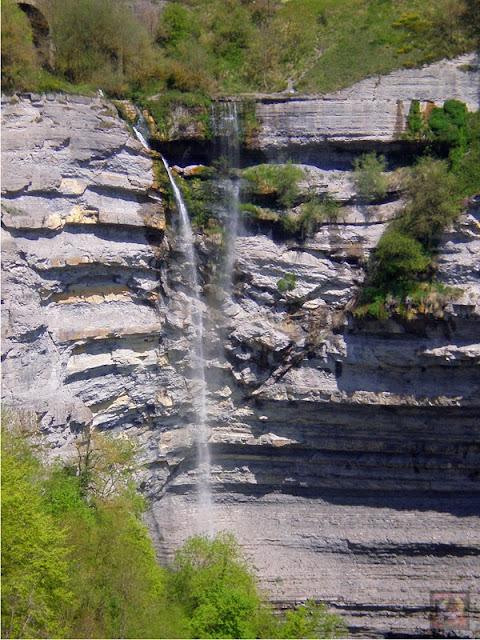 Cascada de Gujuli en Goiuri, Urkabustaiz, Alava