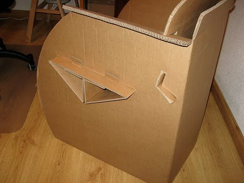 Arquitectura critica sillas y muebles de cart n for Muebles de carton precios